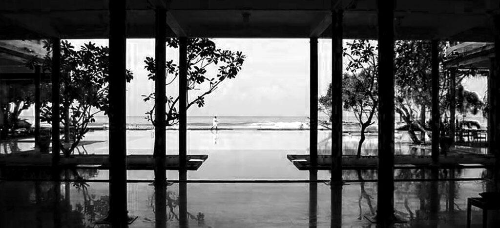 triton hotel - Geoffrey Bawa